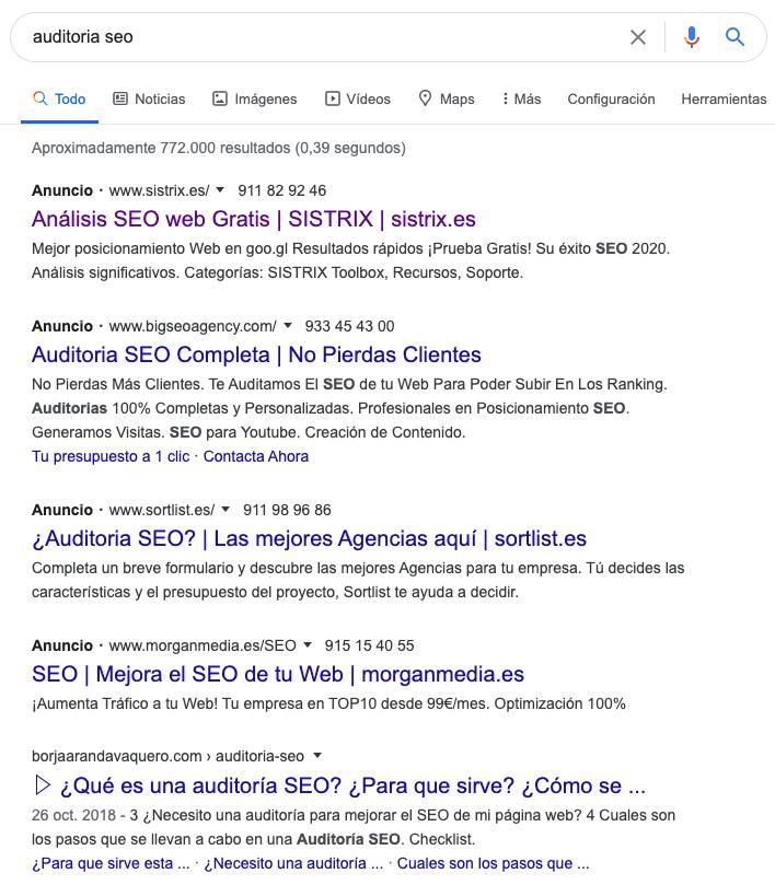 palabras clave en negrita señaladas por Google en cada búsqueda